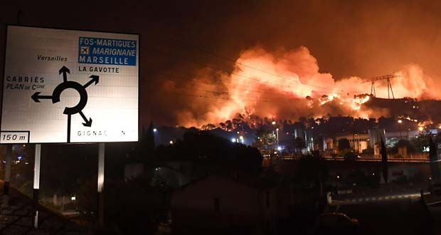 Photo of Más de 1.000 evacuados a causa de un fuego en Francia