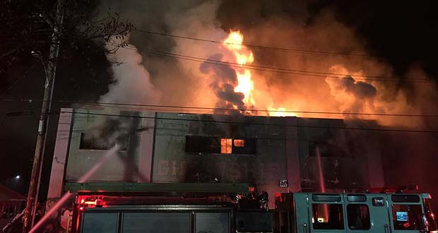 Photo of Aumenta a 33 los muertos por incendio en edificio de Oakland