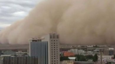 Photo of Una tormenta de arena engulle la ciudad china de Golmud