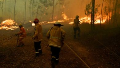 Photo of Se extienden incendios al sur de Australia por altas temperaturas